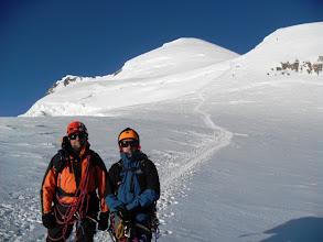 Photo: Esta ya es del día de ascensión al Mont Blanc. En el collado de la Brenva. Foto AH