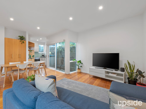 Photo of property at 3/11 Austin Place, West Melbourne 3003