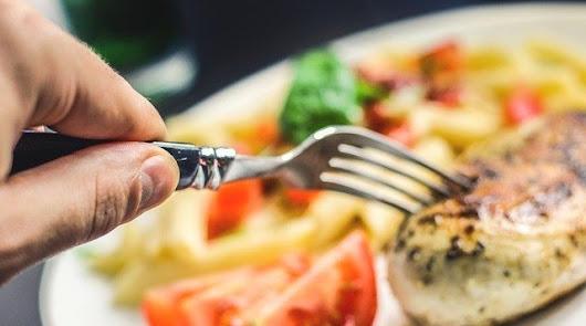 Bandejas de pollo: los mejores filetes según la OCU