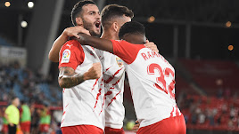 Lazo celebra su gol al Oviedo; fue en el minuto 5 de partido en la 2ª jornada.
