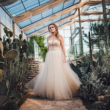 Wedding photographer Petia Emilova (smailka). Photo of 26.09.2018