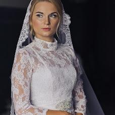Wedding photographer Sergey Savrasov (ssavrasov). Photo of 10.04.2016