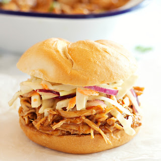 Easy Slow Cooker Barbecue Pulled Pork Sandwiches.