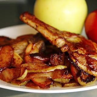 Skillet Pork with Sweet Spiced Apples #SundaySupper.