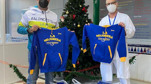 El CB La Mojonera entrega material deportivo en el Hospital de Poniente