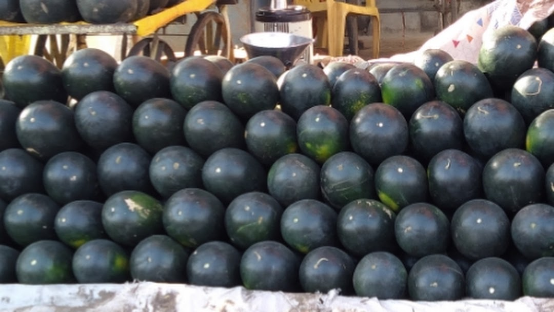 Fresh Fruits wholesaler - Fruits Wholesaler in Phulambri