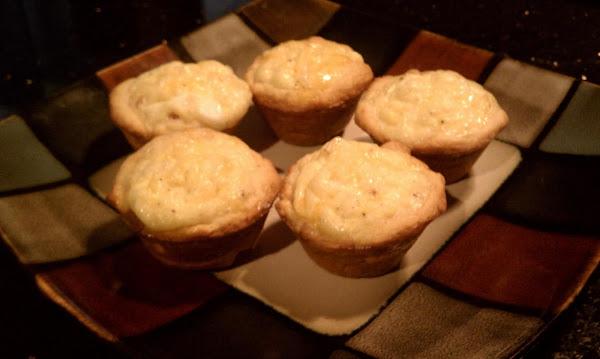 Crescent Breakfast Cups Recipe