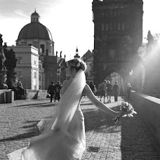 Wedding photographer Katerina Grebenkina (KatrinPraguefoto). Photo of 17.10.2015