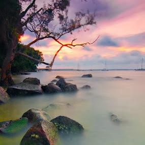 Changi Boardwalk Sunset by Ram Suson - Landscapes Waterscapes ( changi boardwalk, changi beach, water, singapore )
