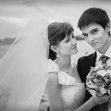 Wedding photographer Mikhail Galkin (maiklgalkin). Photo of 18.12.2013