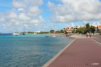 Photo: Seguimos caminando por la costa de Bonaire