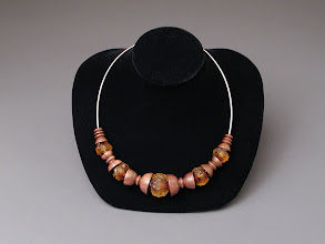 Photo: Fall Leaf necklace Ernest Hildebrand, turner Natalia Wadsworth, beadmaker
