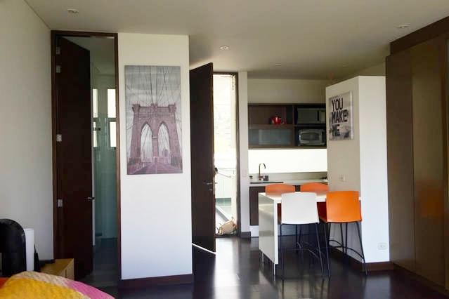 apartamento en arriendo poblado 585-2562