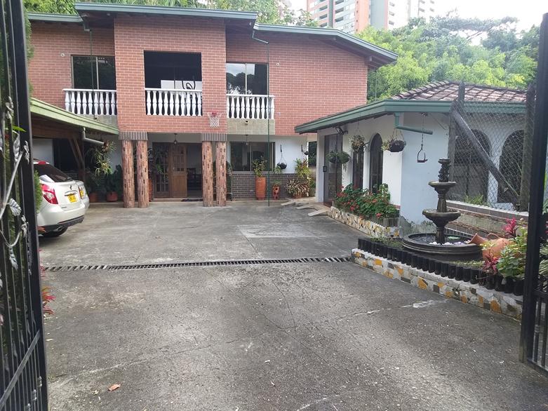 casa en venta trianon 679-25252
