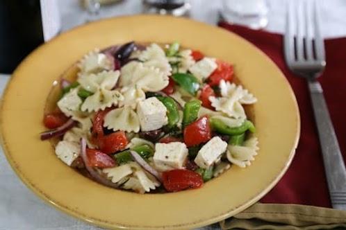 Greek-Flavored Pasta Salad