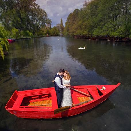 Wedding photographer Flor Abazi (florabazi). Photo of 29.06.2017
