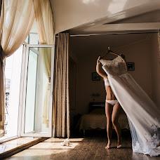 Wedding photographer Anton Blokhin (Totono). Photo of 23.11.2017