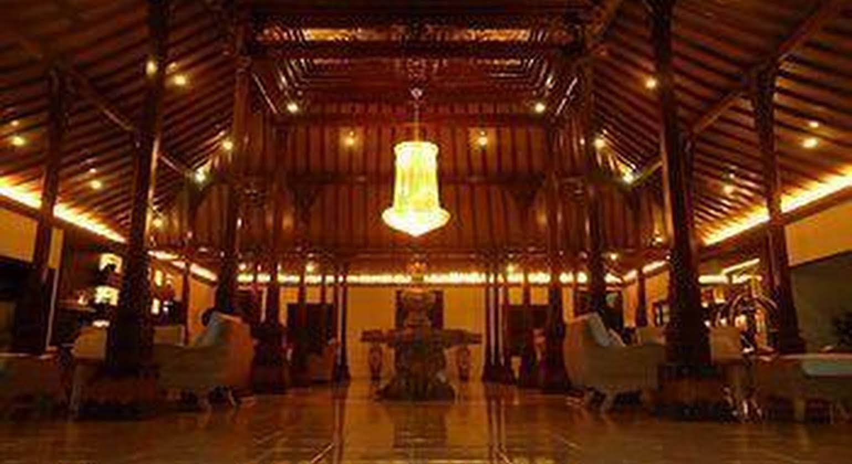 Dafam Kayon Resort Solo
