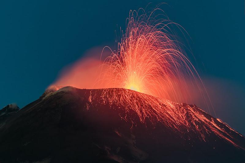 Il fuoco del vulcano di Massimo_Tamajo