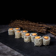 228 Spicy Salmon Roll