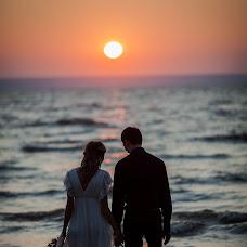 Wedding photographer Yuliya Podgorbunskikh (Emanyri). Photo of 25.10.2014