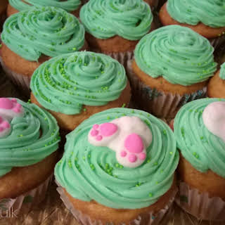 How to Make Hatching Chick Light Carrot Cake Cupcakes.