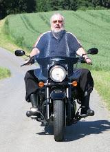 "Photo: Dr. Peter Bilsing: ""Der Opernfreund"". Der Motorradfan Bilsing. Foto: privat"
