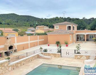 villa à Saint-Paulet-de-Caisson (30)