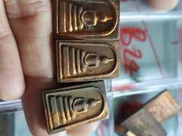 100 บาท สมเด็จหลวงพ่อม่น วัดเนินตามาก ชลบุรี ปี 37