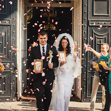 Wedding photographer Oksana Novosadova (Oks-FOX). Photo of 26.10.2014