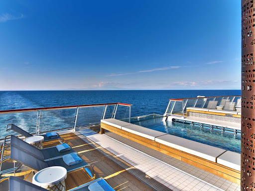 viking-ocean-ship-aquavit-and-pool.jpg -  Grab a bite at the Aquavit Terrace or hop into the infinity pool on your Viking ocean ship.