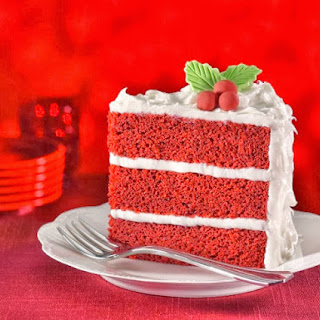 Lady in Red Cake #CakesAndDecors.