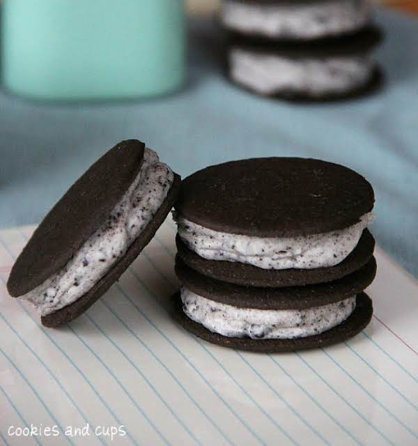 Oreo Cheesecake Frosting Filled Sandwiches