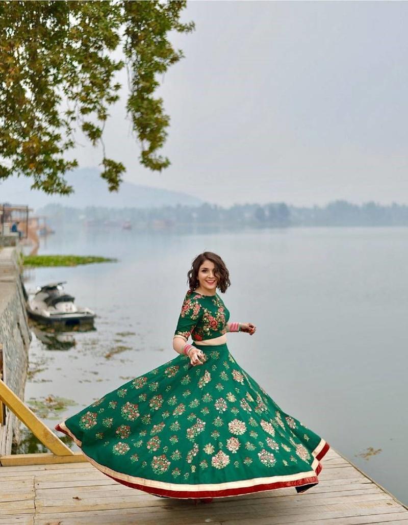 wedding-shopping-shahpur-jat-delhi-kalista_image