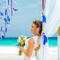 Wedding photographer Alesya Popova (intropics). Photo of 04.02.2015