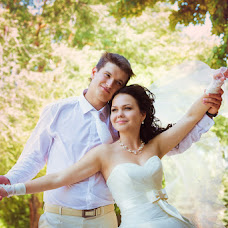 Wedding photographer Vladimir Revik (Revic). Photo of 22.07.2014
