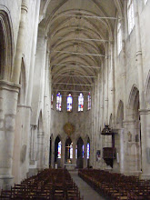 Photo: The church interior is cathedral-like in its openness and lightness.
