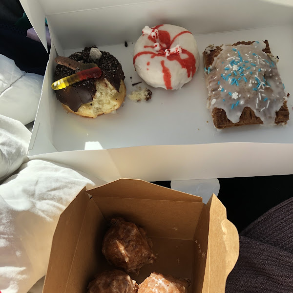 Apple fritters, Oreo donut, coconut donut, apple pie pop tart. AMAZING flavors and amazing texture!!