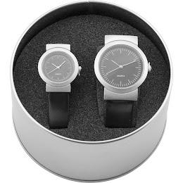 Set 2 ceasuri in cutie metalica, dama, argintiu