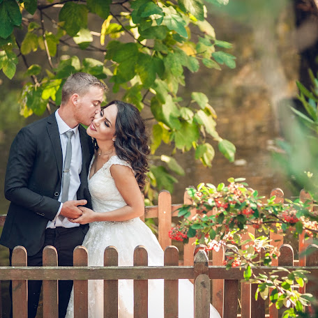 Wedding photographer Dionisi Bezanidi (dionysi). Photo of 24.05.2017