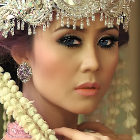 Culture by Chandra Wirawan - People Portraits of Women