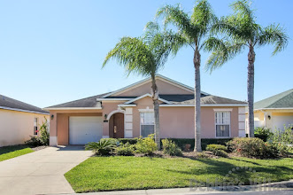 Private Orlando villa, gated community, close to Disney, south-facing pool, lake view