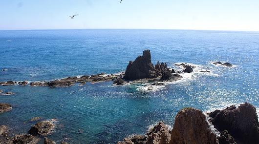 La costa almeriense y sus múltiples 'balcones' hacia el Mediterráneo