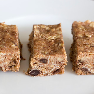 Almond Chocolate Chip Granola Bars