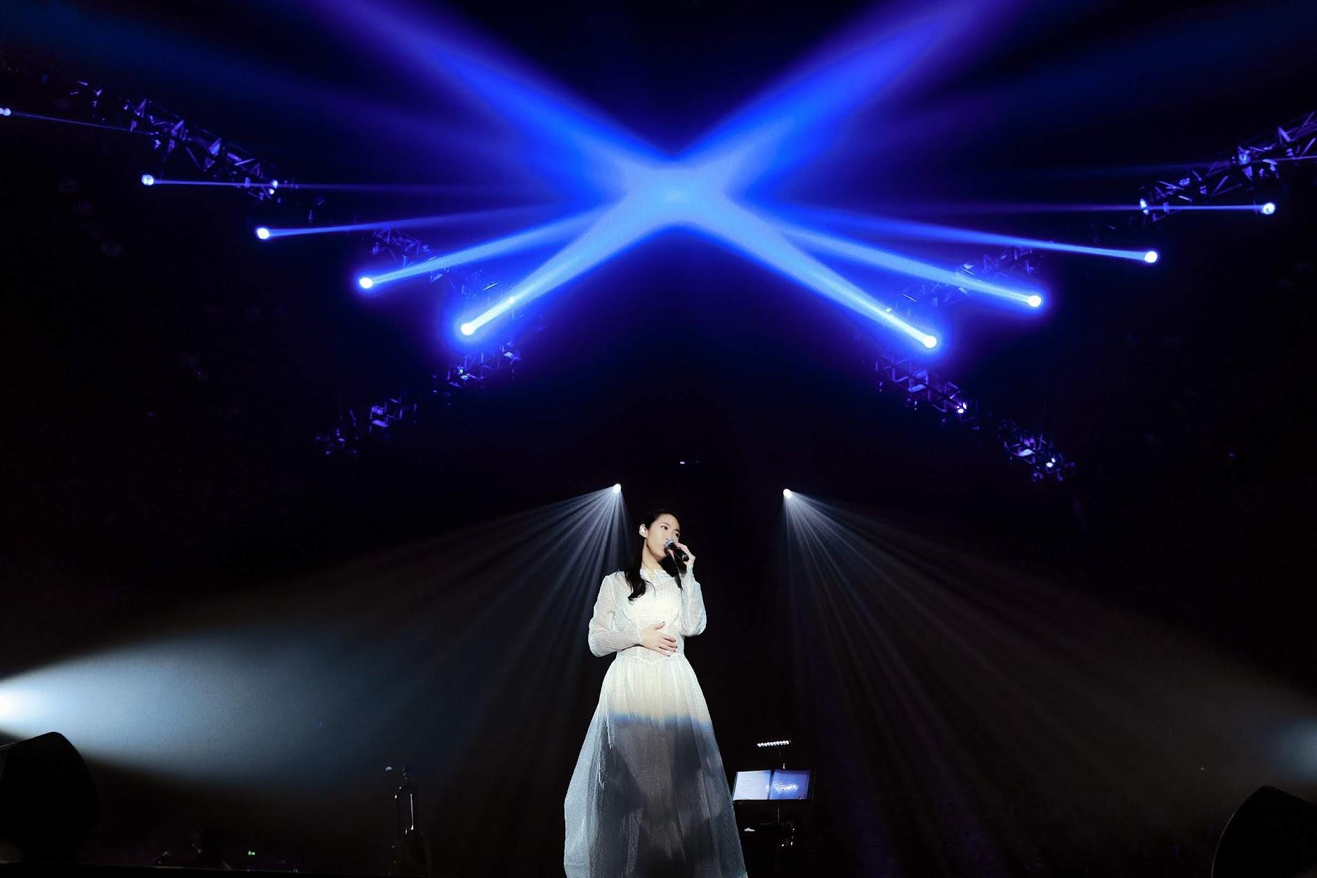 王若琳 「愛的呼喚巡迴演唱會」上海初登場 首度挑戰四面台演出