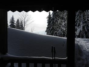 Photo: 19 Lindbergschachten: Die Unterstandshütte - fast im Schnee versunken
