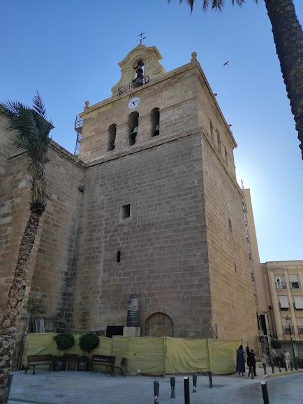 Ya no hay andamios tapando la torre de la Catedral.