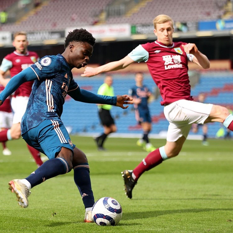 Gunners' Xhaka gaffe gifts Burnley a point