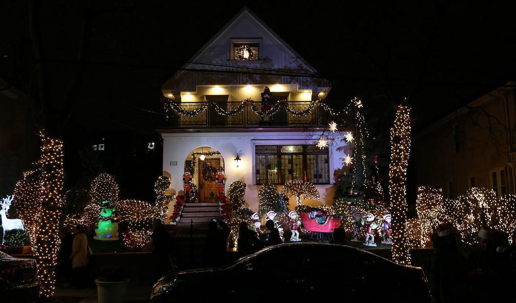j0nzD04PAKtoaVS9B4wR7cLdsWrMSIvHZNyLZ4Pt41WvNFm6PAzmsSys93bx6nhBFGZe8P7ignCQolj21QBq3I-XieSxOqmOYVA05w729LwlBGy_1_WPTsWsih9uzHd8po-QciIipNYdZH0qHQ New York Before Christmas