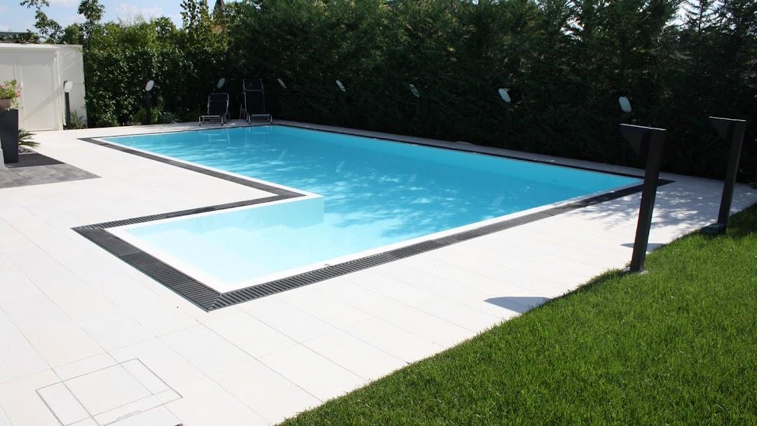 l 39 atelier du liner r novation piscine pvc arm d pannage entretien d tection de fuite piscine. Black Bedroom Furniture Sets. Home Design Ideas